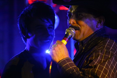 REVIEW: Diego does Dad, Tejano fans proud